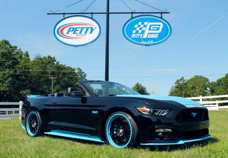 Petty's Garage 2016 Mustang GT King Premier Convertible