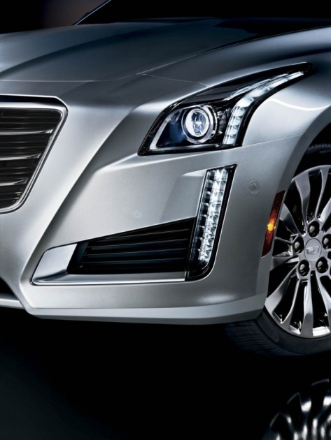 The 2016 Cadillac CTS comes standard with LED daytime running lamps