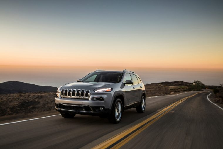 2016 Jeep Cherokee Driving