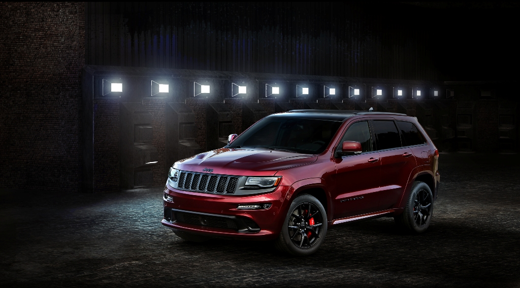 2016 Jeep Grand Cherokee Srt Night Debuts At La Auto Show