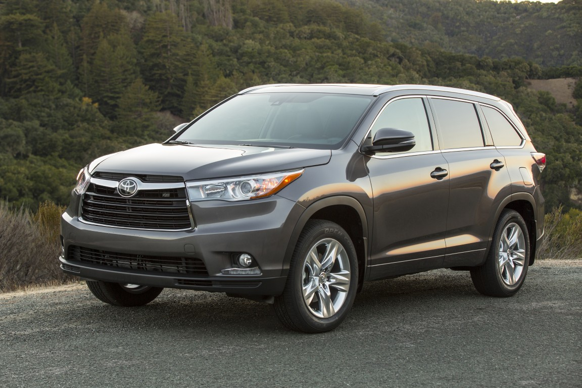 2016 toyota highlander 12 the news wheel. Black Bedroom Furniture Sets. Home Design Ideas