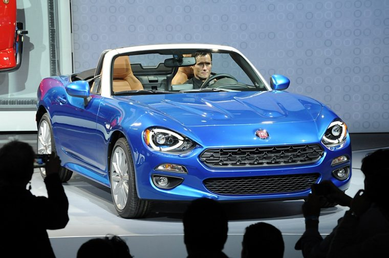 Fiat recently unvealed the 2017 Fiat 124 Spider at the LA Auto Show