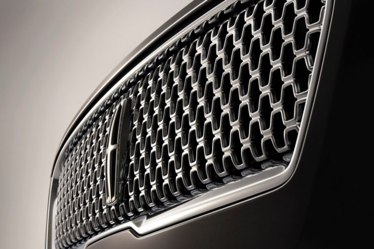 2017 Lincoln MKZ new grille
