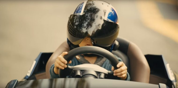 Driving While Blind Inspirational Hyundai Video Shows Potential of Autonomous Driving Tech child