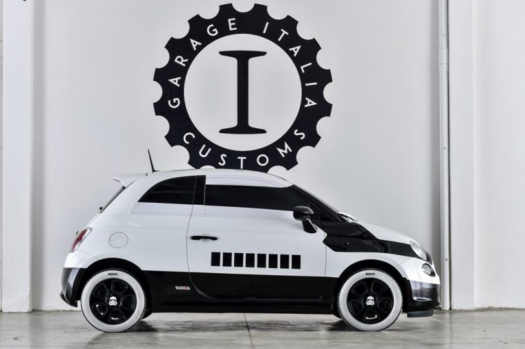 Fiat revealed its Star Wars's Stormtrooper 500e at the LA Auto Show