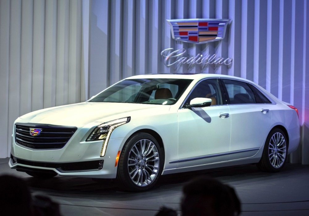 black trend cars en rating front cts reviews cadillac canada chrome and motor quarter three