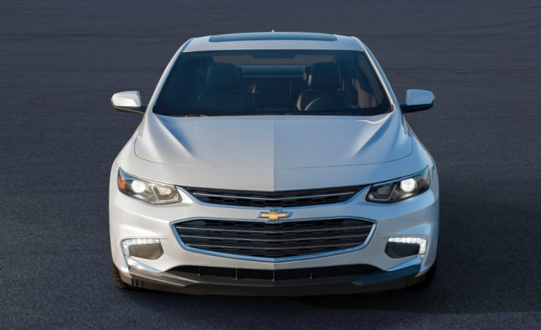 The 2016 Chevrolet Malibu comes standard with a 1.5L 4-cylinder DOHC engine with turbocharger