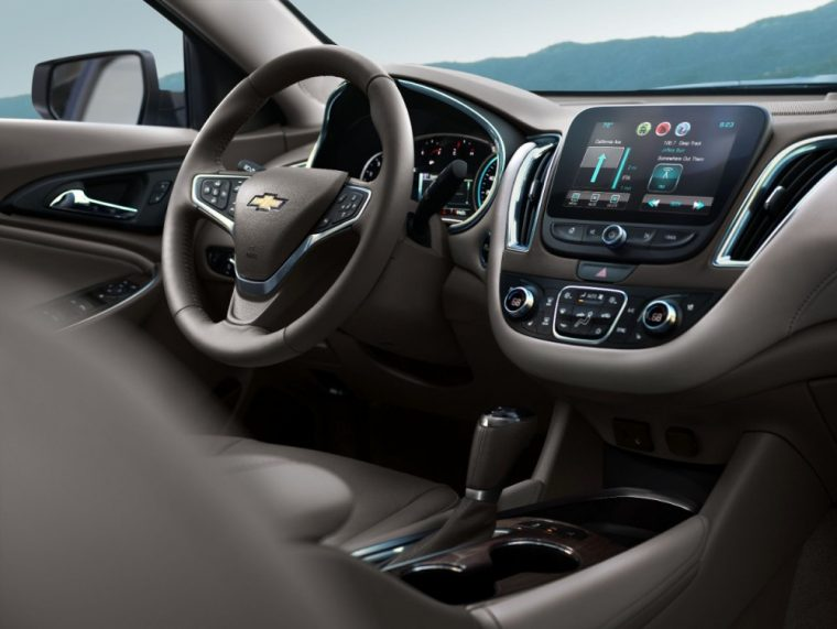 The 2016 Chevy Malibu comes standard with a 3-spoke steering wheel