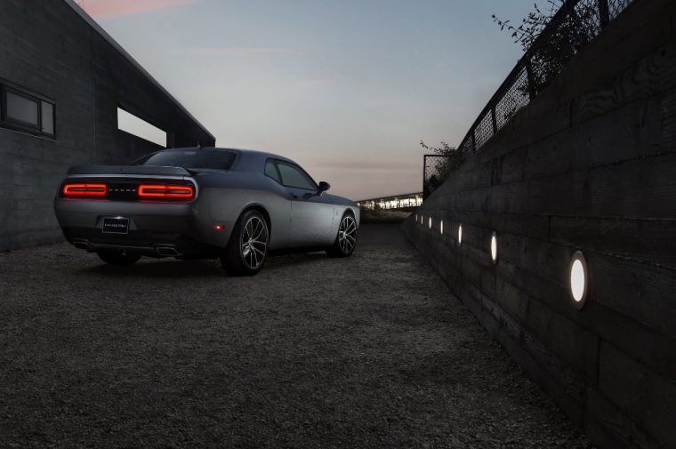 2016 Dodge Challenger Back End Silhouette