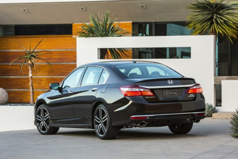 The 2016 Honda Accord sedan features a chrome exhaust finisher