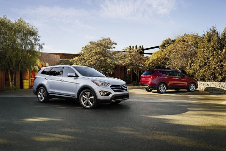 Exterior of the graceful 2016 Hyundai Santa Fe Sport