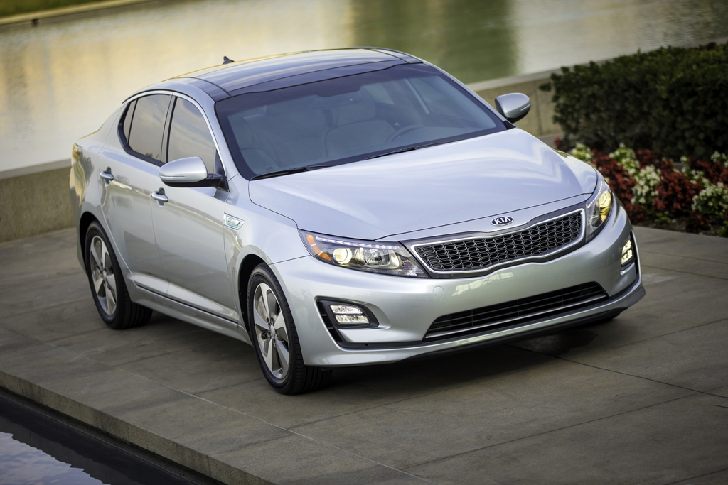 2016 kia optima hybrid front the news wheel. Black Bedroom Furniture Sets. Home Design Ideas