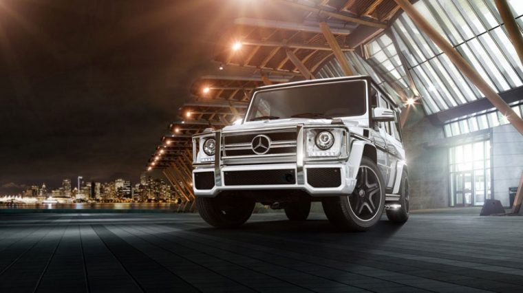 Bi-Xenon HID headlights come standard on the 2016 Merecdes-Benz G-Class