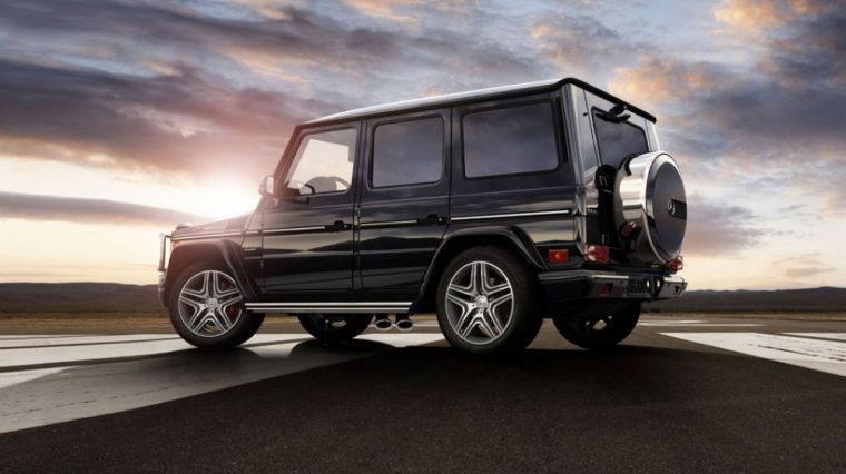 The 2016 Mercedes-Benz G-Class comes standard with Power-adjustable heated exterior mirrors with memory