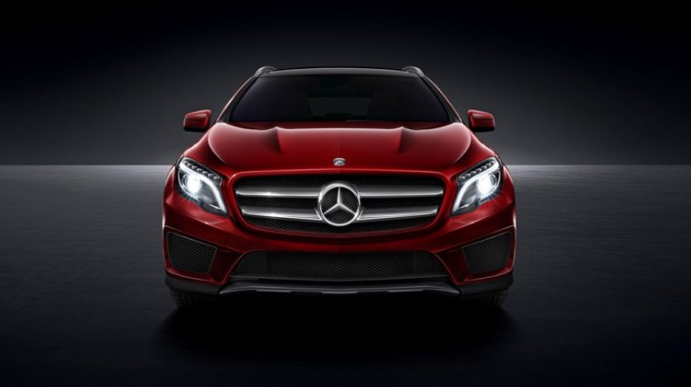 The base trim of the 2016 Mercedes-Benz GLA comes with a 2.0-liter turbo inline four-cylinder engine and seven-speed dual-clutch automatic transmission with shift paddles