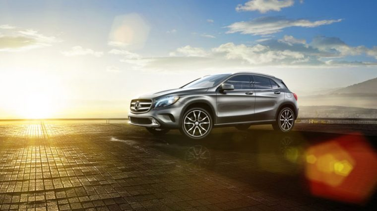 There are a variety of exterior color options for the 2016 Mercedes-Benz GLA