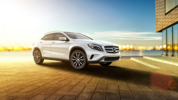 The 2016 Mercedes-Benz GLA features SmartKey with KEYLESS-START