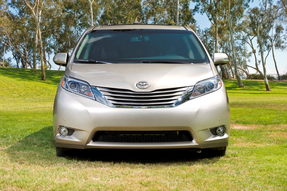 Beautiful 2016 Toyota Sienna 3  The News Wheel