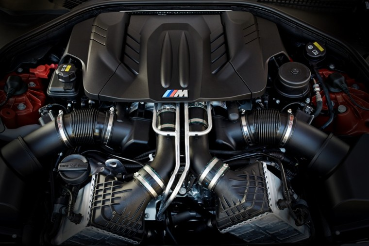 2016 BMW M6 Engine