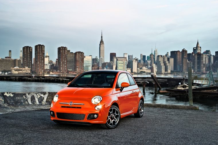 There are five different trim levels available for the 2016 Fiat 500