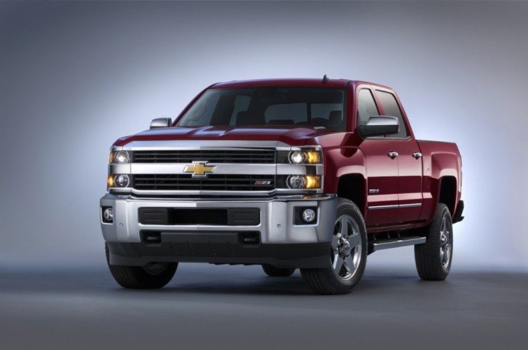 The 2016 Chevrolet Silverado 2500 HD comes standard with StabiliTrak stability control system with Proactive Roll Avoidance and traction control