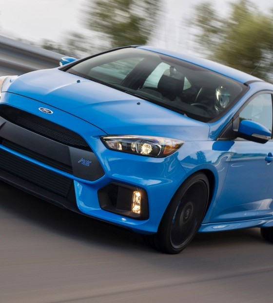 rejoice the first 2016 ford focus rs has been built the news wheel. Black Bedroom Furniture Sets. Home Design Ideas
