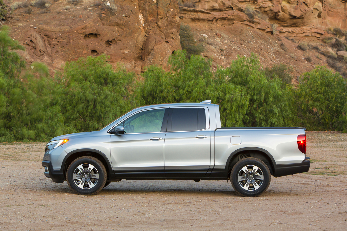 2017 Honda Ridgeline | The News Wheel