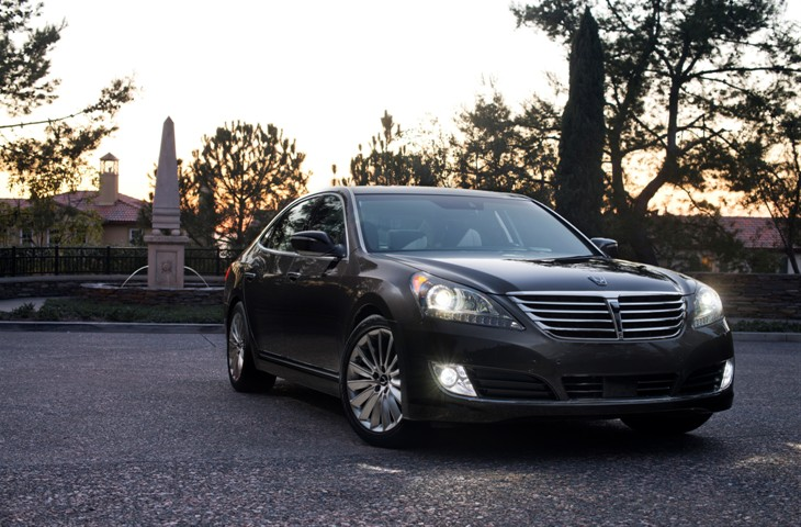 2016 Hyundai Equus model overview front exterior