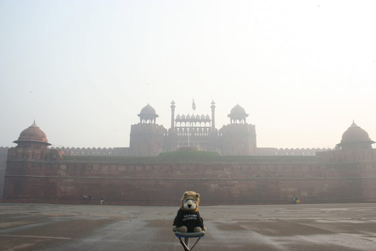 Red Fort in Delhi Smog