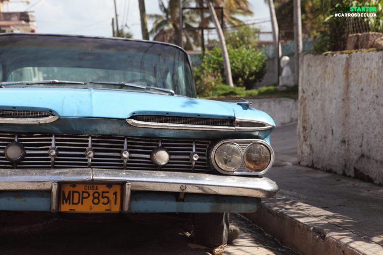 Carros de Cuba photography book of classic antique cars