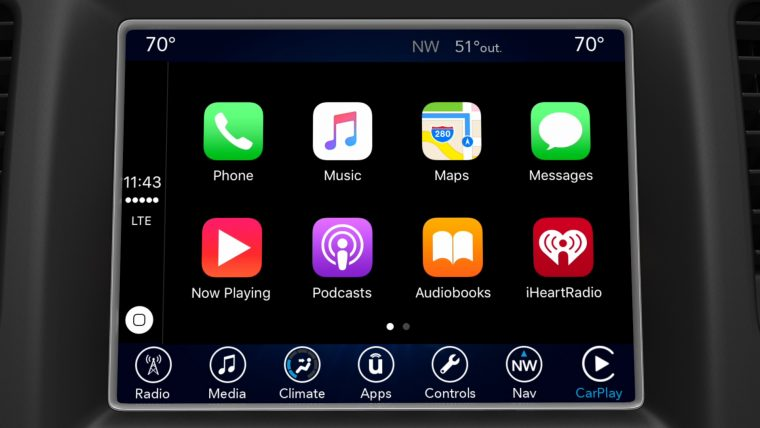 Fiat Chrysler UConnect CarPlay