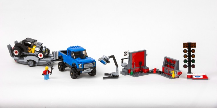 LEGO Speed Champions Ford F-150 Raptor Set