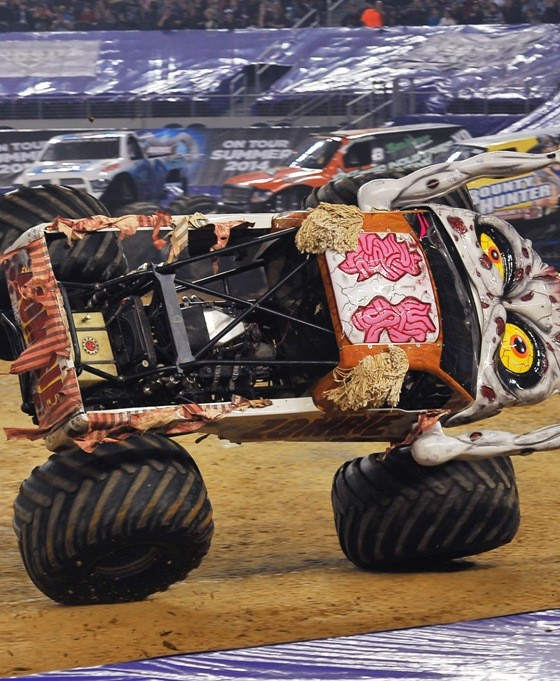 Volkswagen Dayton Ohio: Driver Bari Musawwir Discusses 2016 Monster Jam Tour