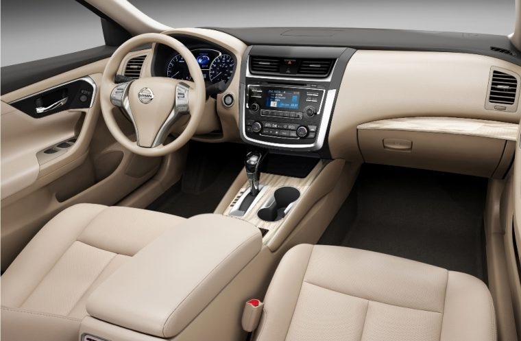2016 Nissan Altima sedan review