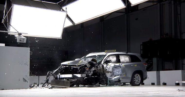 2016 Toyota Highlander Lands Top Safety Pick+ Designation - small overlap front test