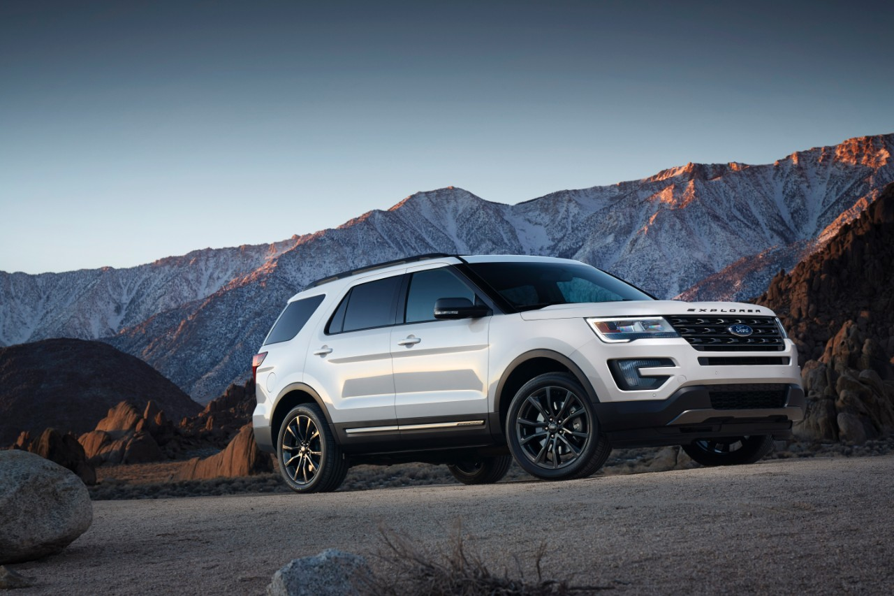 2017 Ford Explorer XLT Sport Appearance Package (14) | The News Wheel