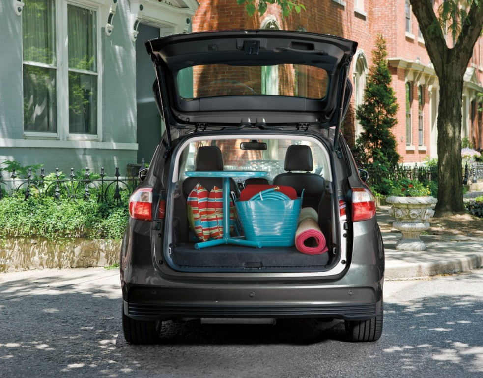 2016 ford c max overview the news wheel. Black Bedroom Furniture Sets. Home Design Ideas