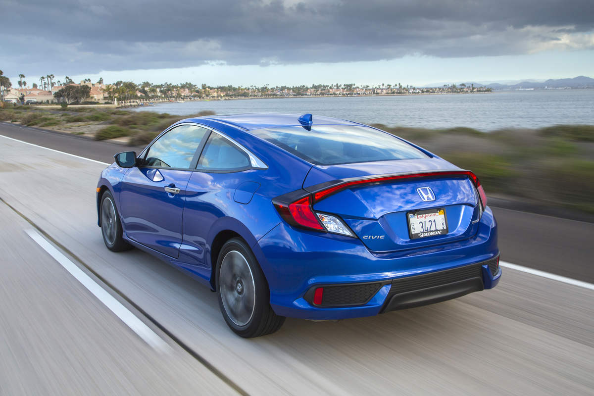 2016 honda civic coupe on sale march 15 the news wheel. Black Bedroom Furniture Sets. Home Design Ideas