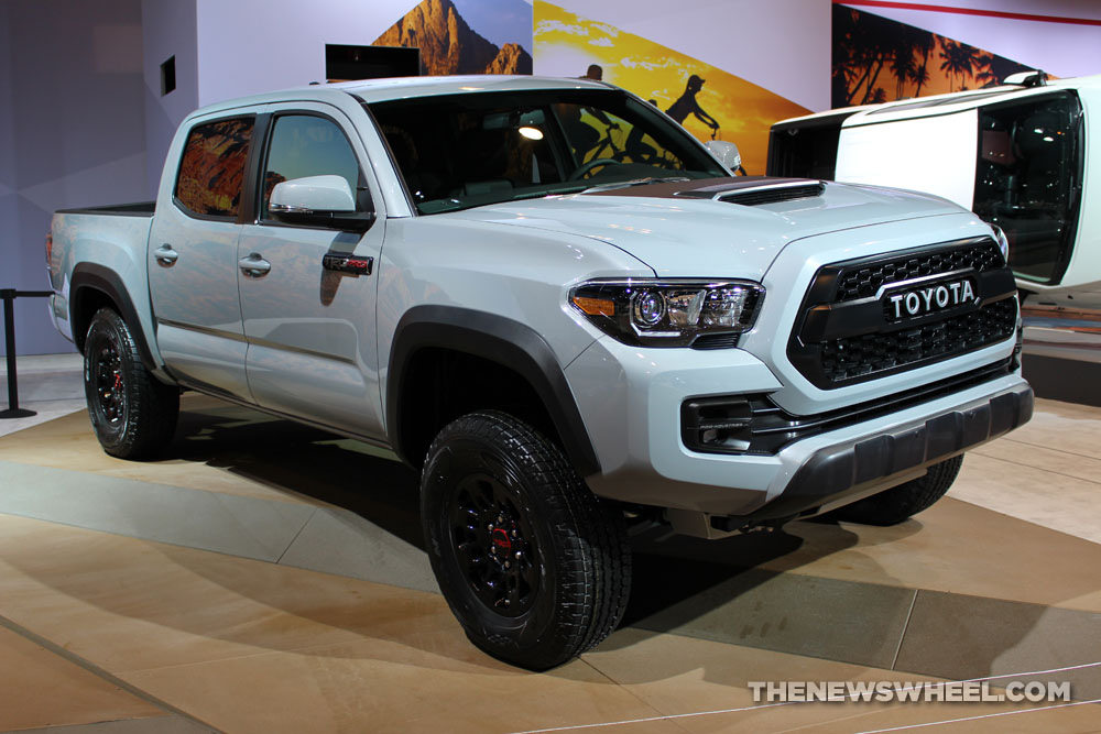 2016 toyota tacoma trd pro cas 2 the news wheel. Black Bedroom Furniture Sets. Home Design Ideas