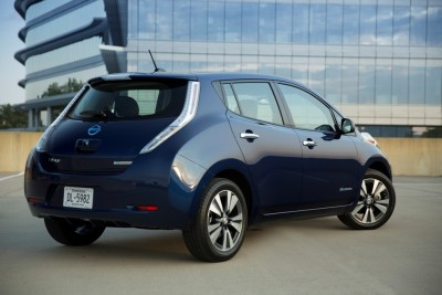2016 Nissan LEAF back