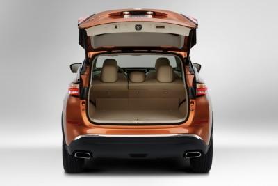 2016 Nissan Murano trunk