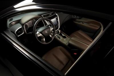 2016 Nissan Murano interior - dark