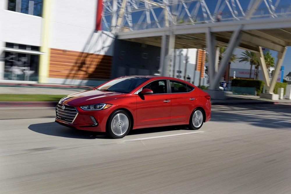 Red 2017 Hyundai Elantra >> 2017 Hyundai Elantra red   The News Wheel