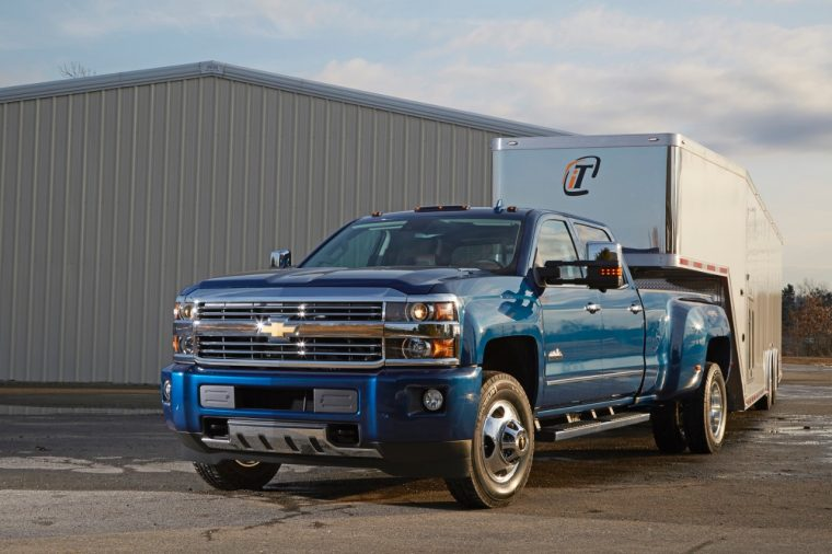 Chevrolet Accessories offers a trailering camera produced by Echomaster for 2014-2016 Silverados