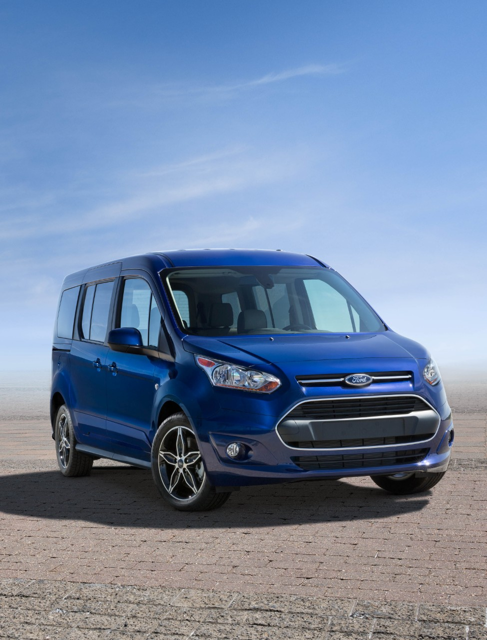 ford details new 2017 transit e series upgrades the news wheel. Black Bedroom Furniture Sets. Home Design Ideas