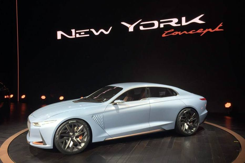 Genesis Ny Concept Future Bmw Rival: [PHOTOS] Genesis Hybrid Sedan Concept Struts Its Stuff In