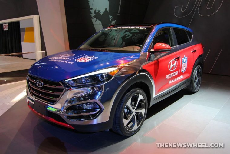 Hyundai Santa Fe NFL promotion model at 2016 Chicago Auto Show