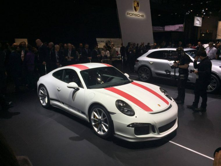 The new Porsche 911 R made its US debut at the 2016 North American International Auto Show