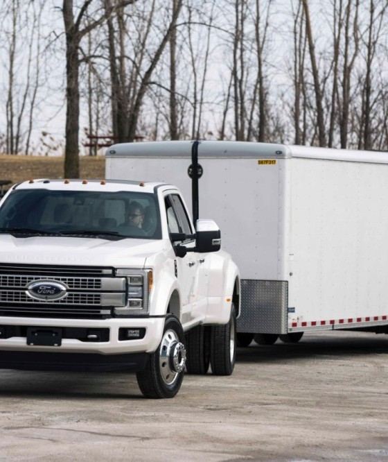ford to debut new trailer reverse guidance technology on 2017 super duty the news wheel. Black Bedroom Furniture Sets. Home Design Ideas