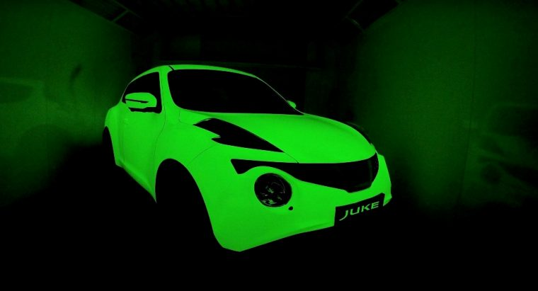 Glow-in-the-dark Nissan Juke